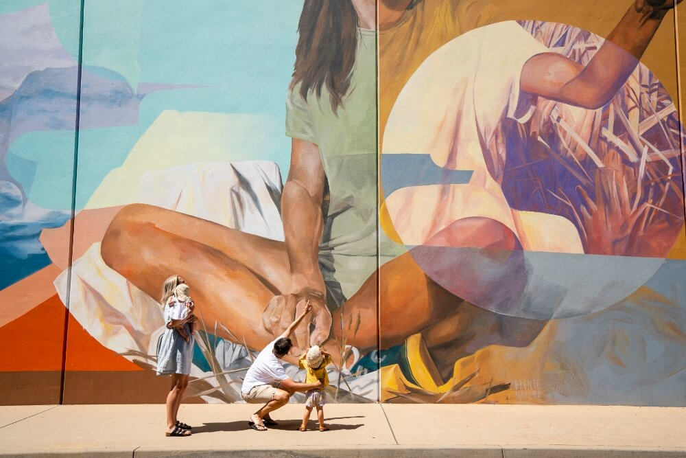 The famous anna Lane Murals in Griffith